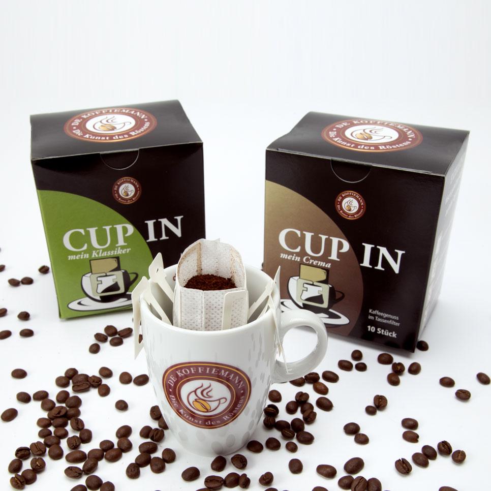Cup in Anwendung mit Tasse